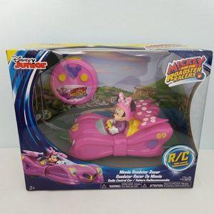 Disney Minnie Mouse Car 102219-1 clo3